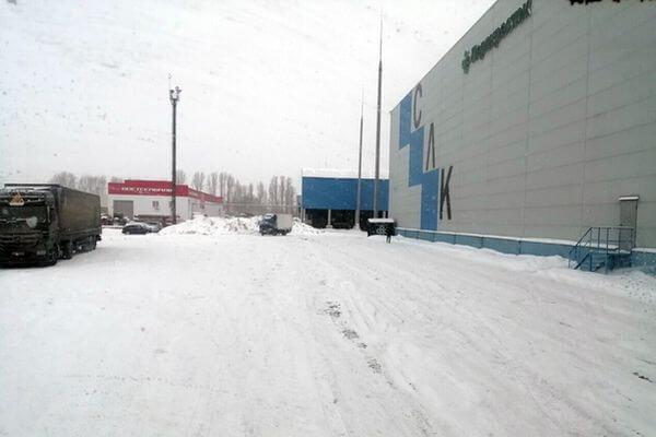 В Кинеле горит склад логистической компании  на площади 200 квадратных метров | CityTraffic