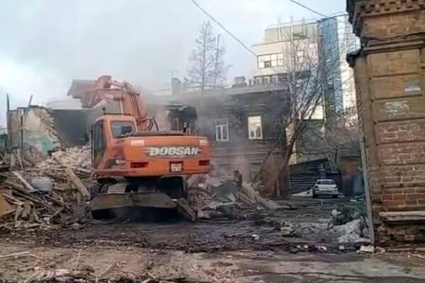 В центре Самары снесли деревянное здание, являющееся частью исторической усадьбы Стройкова | CityTraffic