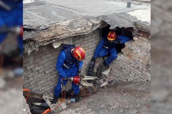 Жителя Самары убило бетонной плитой, рухнувшей с крыши гаража | CityTraffic