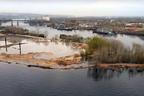 В Самаре подтопило грузовой речной порт | CityTraffic
