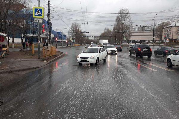 """В Тольятти под колеса """"Приоры"""" попал подросток   CityTraffic"""