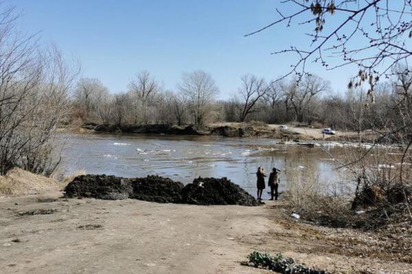 В Самарской области затопило мост у села Бобровка | CityTraffic