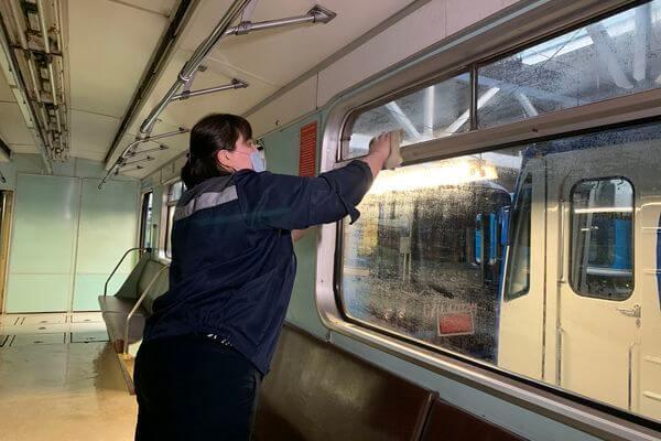 Жители Самары стали реже портить вагоны метро | CityTraffic