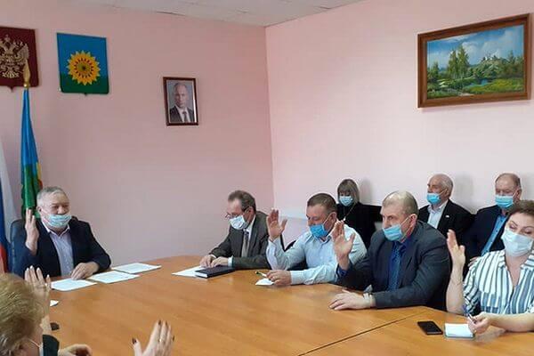 Глава Богатовского района Самарской области досрочно покинул пост | CityTraffic