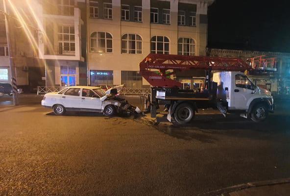 В Самаре после ДТП в больницу попал начинающий водитель | CityTraffic