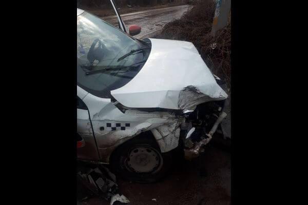 В Тольятти пострадал пассажир такси, которое врезалось в легковушку при обгоне | CityTraffic