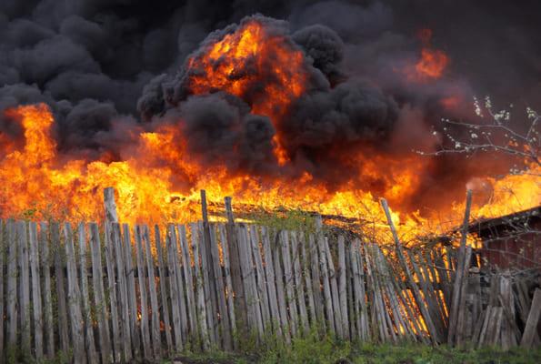 В ГУ МЧС по Самарской области назвали предварительную причину крупного пожара у села Воскресенка | CityTraffic
