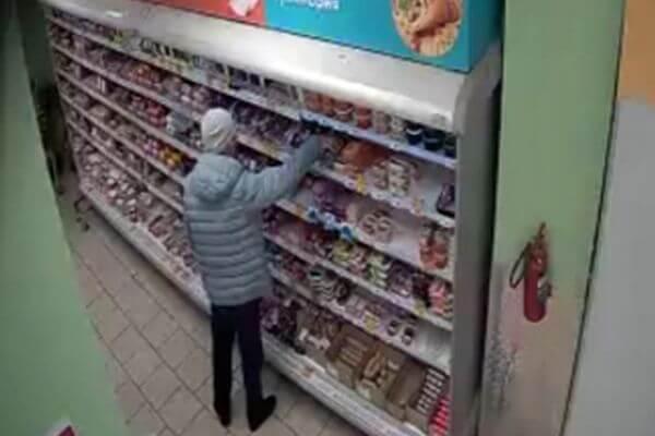 Житель Самары украл в магазине банку кофе и три палки колбасы | CityTraffic