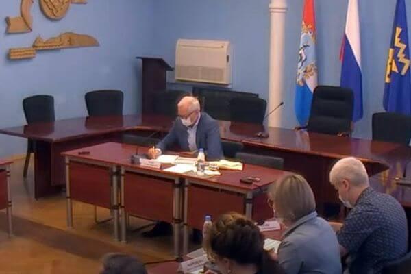На своем первом аппаратном совещании глава Тольятти говорил об обязательной вакцинации от COVID-19 | CityTraffic