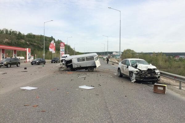 В Самарской области погиб водитель УАЗа, не уступивший дорогу БМВ | CityTraffic