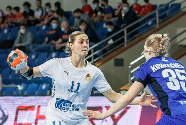 Гандбольная «Лада» проиграла ЦСКА схватку за выход вфинал плей-офф