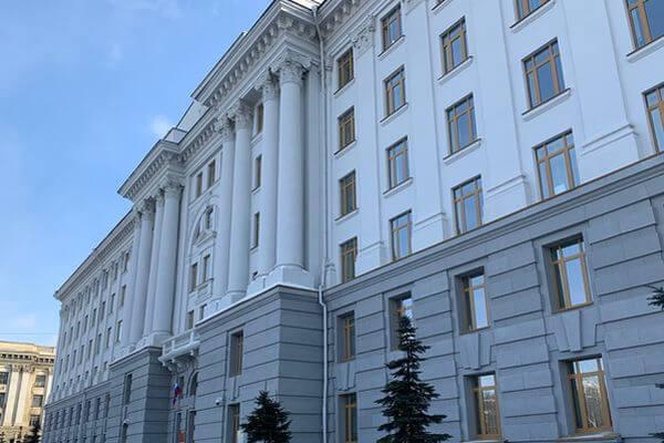 На мэрию Самары подали в суд из-за стоянки в Октябрьском районе   CityTraffic