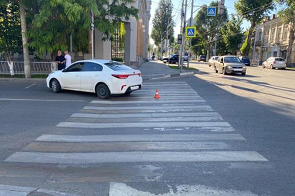 В Самаре водитель легковушки сбил пешехода на регулируемом переходе   CityTraffic