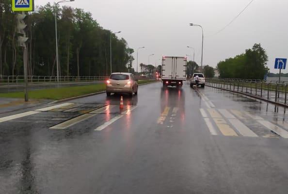 В Самаре на пешеходном переходе иномарка сбила 17-летнего юношу | CityTraffic