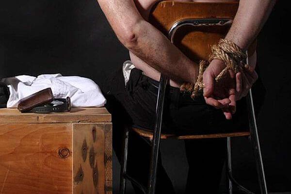 В Самаре двое мужчин похитили человека с парковки магазина | CityTraffic