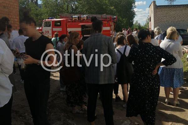 В пятницу из некоторых школ Тольятти эвакуировали детей из-за сообщений оминировании