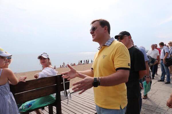 Губернатор Самарской области проверил ход реконструкции набережной вТольятти