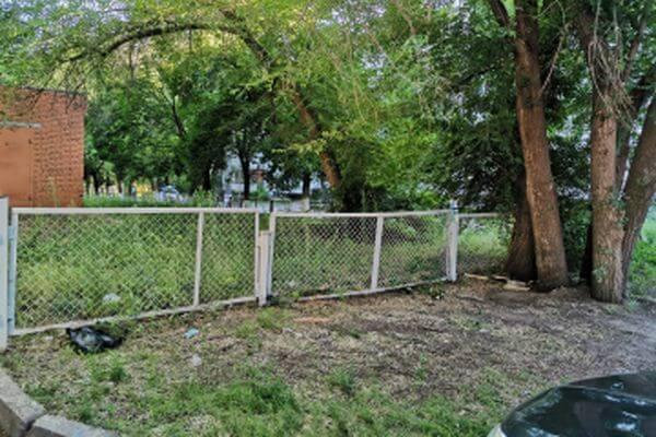 В Тольятти грабитель напал на женщину прямо у подъезда ее дома   CityTraffic
