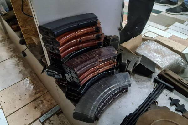 Продавец страйкбольного оружия из Тольятти пойман на контрабанде  магазинов к автомату Калашникова | CityTraffic
