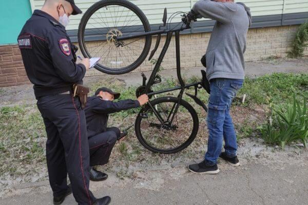 Монтажник из Тольятти украл у женщины велосипед | CityTraffic
