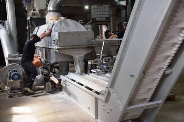 Зэки Самарской области начали производить порошок | CityTraffic