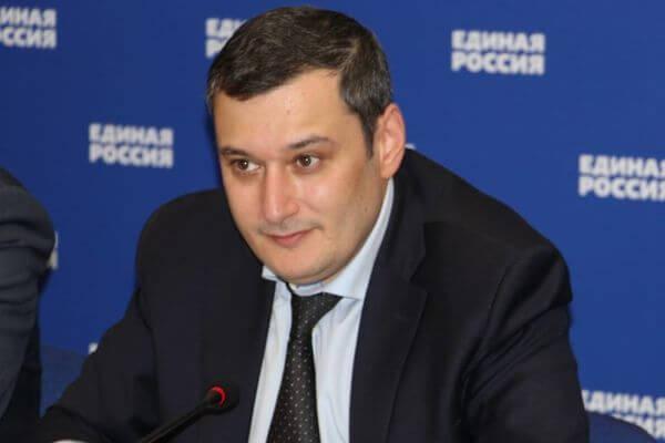 Депутат Госдумы от Самарской области Александр Хинштейн занял первое место по итогам праймериз в158 округе