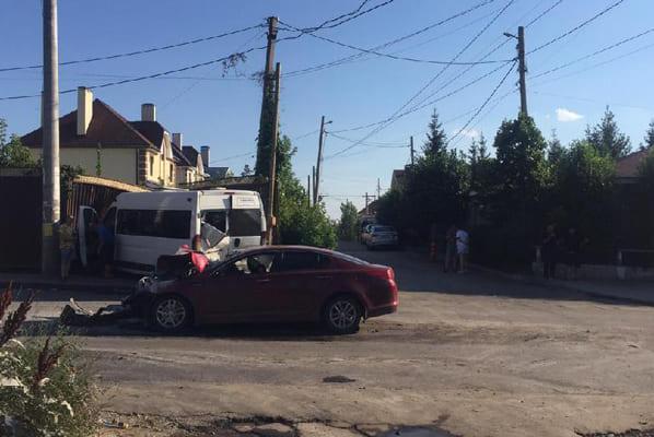 В Самаре прокуратура проводит проверку по факту ДТП с участием маршрутного микроавтобуса | CityTraffic