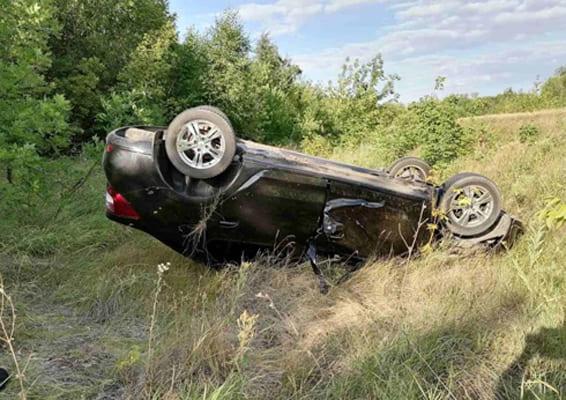 В Самарской области автомобиль Renault Logan вылетел в кювет, водитель погиб | CityTraffic