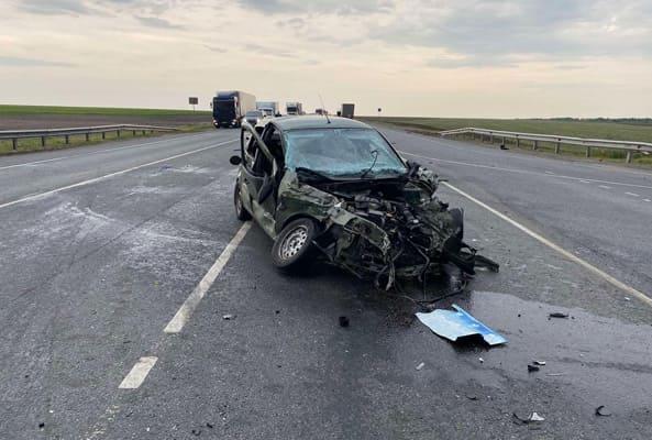 Водитель и пассажир «Лады» попали в больницу после ДТП в Самарской области | CityTraffic