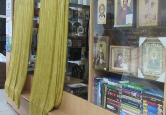 В Тольятти по отпечатку пальца и показаниям очевидца нашли того, кто обокрал церковную лавку в ТЦ | CityTraffic
