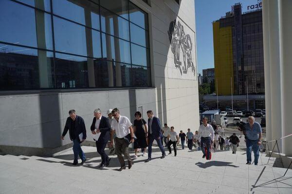На работу Дворца спорта на улице Молодогвардейской вСамаре выделили более 100 млн рублей