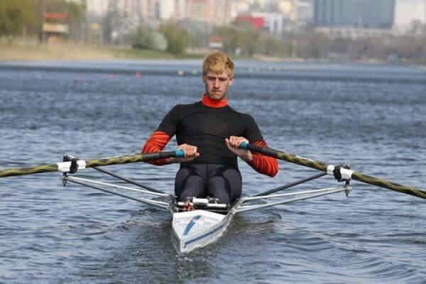 Тольяттинский гребец Александр Вязовкин первым из россиян выступил на Олимпиаде | CityTraffic