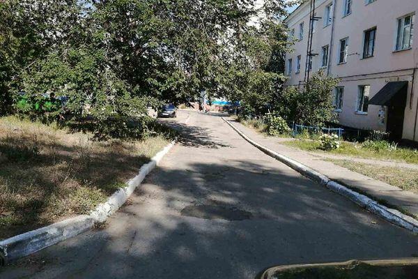 В Тольятти прокуроры заставили коммунальщиков заделать дыры в асфальте   CityTraffic