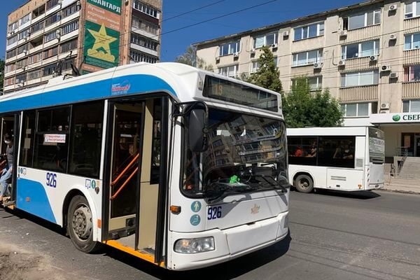 В Самаре из-за перекладки плитки на проспекте Масленникова троллейбусы №19 временно сменили трассу следования | CityTraffic