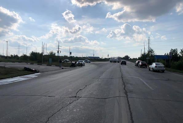 В Новокуйбышевске в больницу попал мотоциклист, которого на перекрестке не пропустил водитель автобуса | CityTraffic