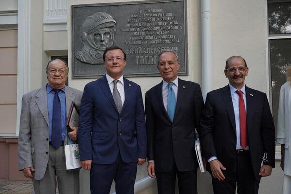 Дмитрий Азаров пригласил бизнес-сообщество Италии к расширению сотрудничества с Самарской областью | CityTraffic
