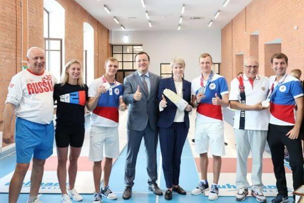 Губернатор Самарской области встретился со спортсменами из региона, завоевавшими серебряные медали на Олимпиаде в Токио | CityTraffic