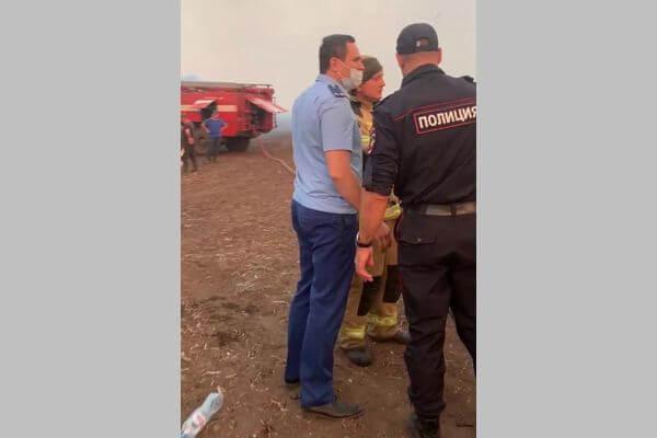 Прокуроры проверяют обстоятельства пожаров в Кинельском районе Самарской области | CityTraffic