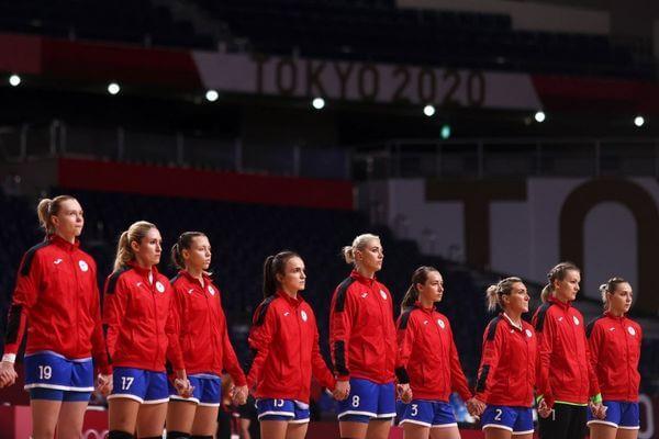 Сборная России по гандболу завоевала серебряные медали на Олимпиаде вТокио