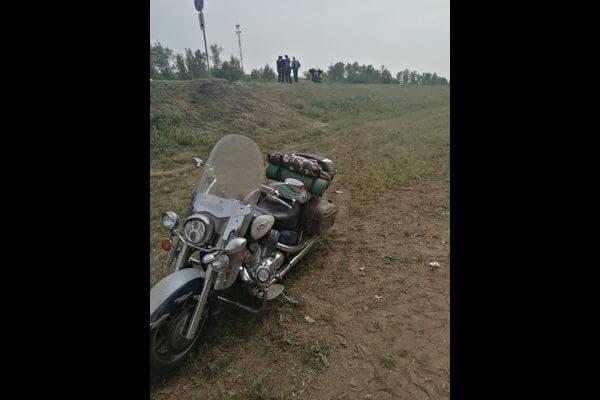 В Самарской области мотоциклист улетел в кювет с трассы М-5   CityTraffic