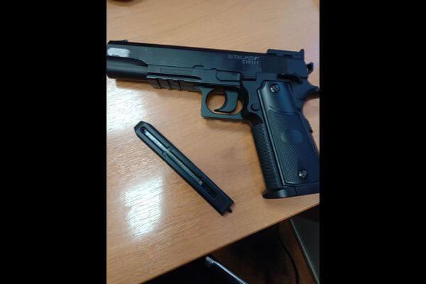 Житель Сызрани устроил стрельбу в торговом центре | CityTraffic