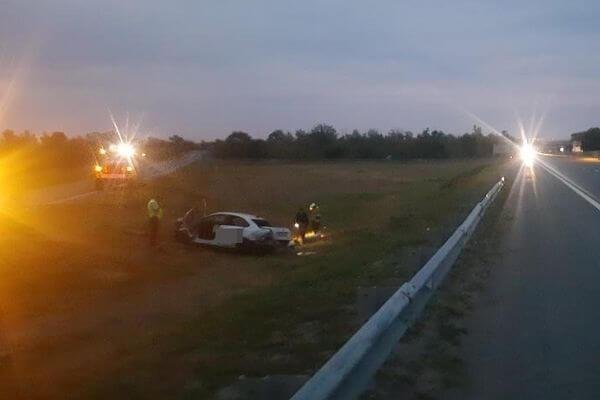 Такси с московскими номерами опрокинулось на трассе М-5 в Самарской области | CityTraffic