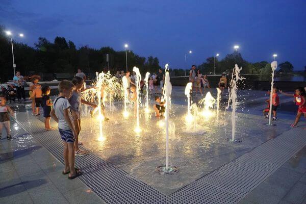 В Нефтегорске ко дню города откроют обновленный парк «Молодежный» | CityTraffic