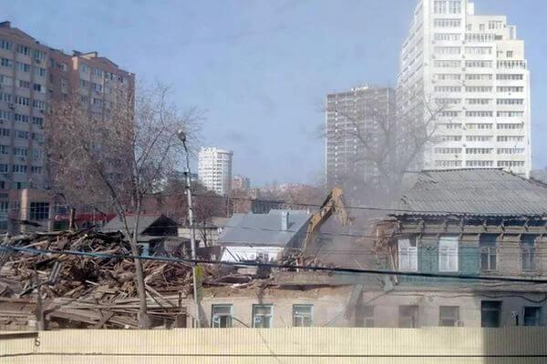 В 125 квартале Самары уничтожается очередное историческое здание