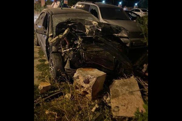 """В Самаре """"Шевроле"""" врезалась вдва внедорожника исбила пешехода"""