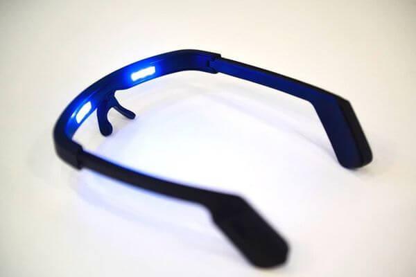 В Самаре будут выпускать очки для борьбы с бессонницей | CityTraffic