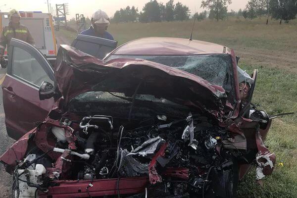Водитель внедорожника, лишенный прав, погиб, врезавшись в грузовик на трассе М-5 в Самарской области | CityTraffic