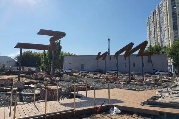 Сквер рядом с Фабрикой-кухней в Самаре готов на 70% | CityTraffic