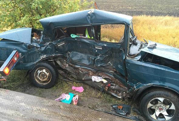В Самарской области 39-летняя женщина погибла в результате столкновения 3 автомобилей   CityTraffic
