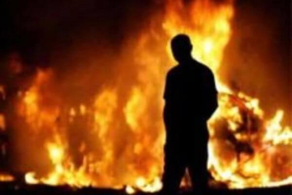 Житель Самарской области поджег кафе из-за отказа персонала выпить сним